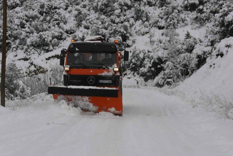 Χιονοπτώσεις στη δυτική Μακεδονία – Με καθυστέρηση η έναρξη των μαθημάτων στα σχολεία | Newsit.gr