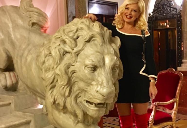 Mαρίνα Πατούλη: Με στυλ στη Ρώμη! Φωτογραφίες από το ταξίδι της! | Newsit.gr