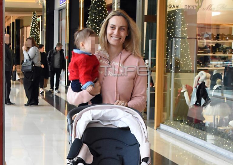Ελεονώρα Μελέτη: Βόλτα στα βόρεια προάστια με την κόρη της, Αλεξάνδρα! [pics] | Newsit.gr