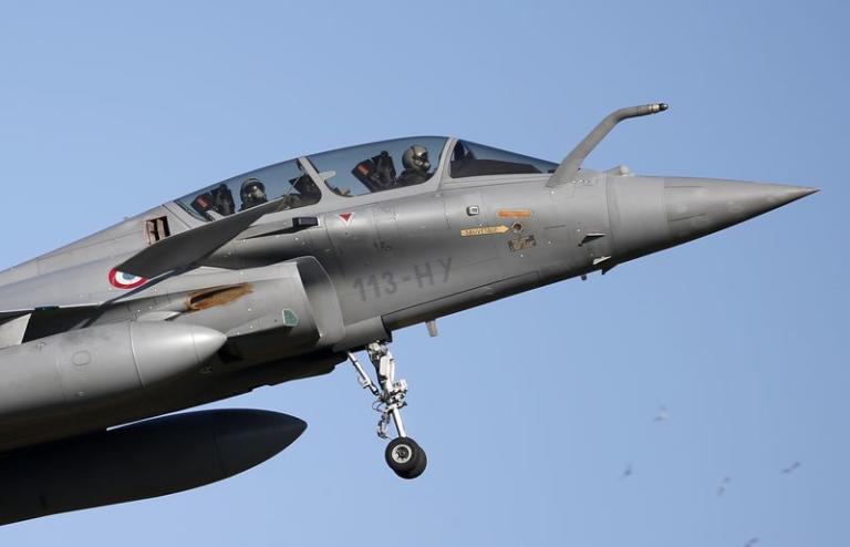 Γαλλία: Νεκροί και οι δύο πιλότοι του Μirage 2000D | Newsit.gr