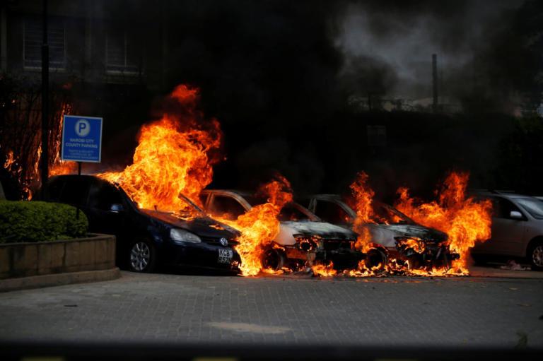 Πληροφορίες για νεκρούς ύστερα από την επίθεση στο Ναϊρόμπι | Newsit.gr