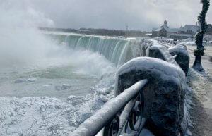 Καιρός: Απίστευτο! -51 βαθμοί Κελσίου και συγκλονιστικές εικόνες στις ΗΠΑ! video, pics