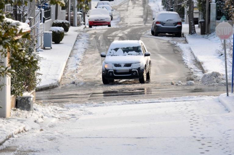 Χιόνια και οδήγηση: Οργισμένος ο Τάσος Ιαβέρης! video