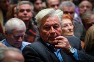 Παπαχριστόπουλος: Θα παραδώσω την έδρα μου αφού ψηφίσω τη Συμφωνία των Πρεσπών