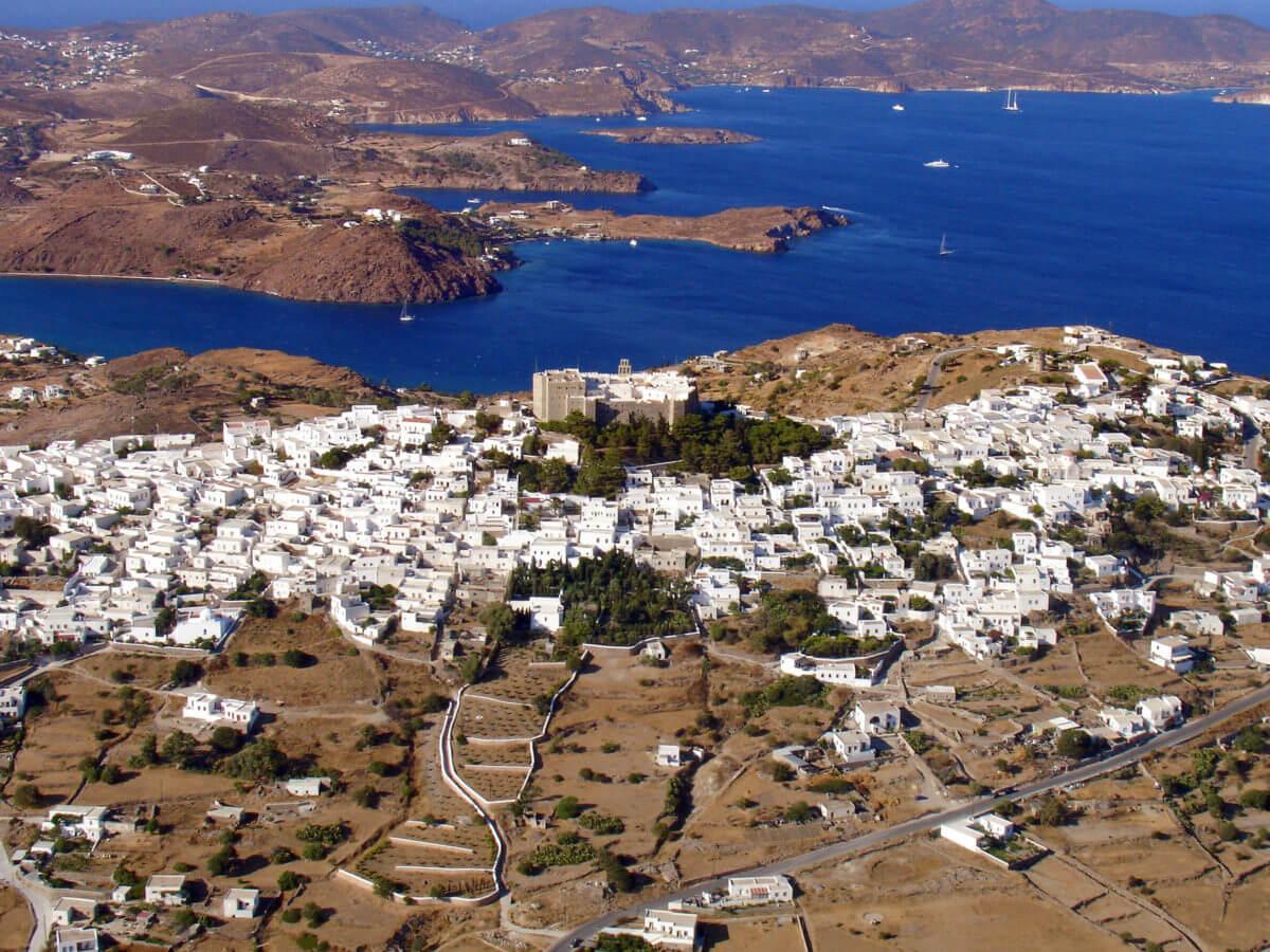 Πάτμος: Οι 7 εικόνες που διαφημίζουν το νησί σε ολόκληρο τον κόσμο – «Ένας μικρός παράδεισος»