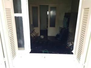 Πάτρα: Νεκρός άντρας πίσω από αυτό το παράθυρο – Το στρώμα που έγινε παγίδα θανάτου – video