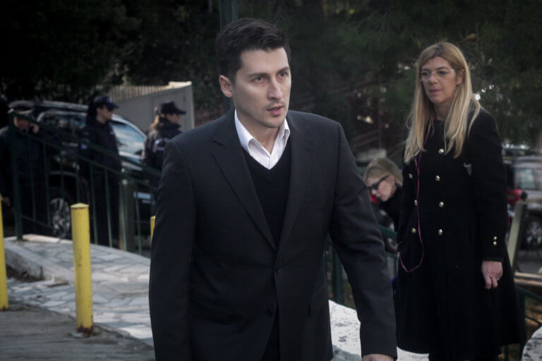 ΚΙΝΑΛ για μαζικές παραιτήσεις στελεχών: Οι περισσότεροι δεν είναι καν μέλη του κινήματος! | Newsit.gr