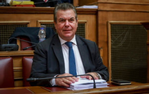 Πετρόπουλος: Οι 120 δόσεις θα τεθούν σε εφαρμογή