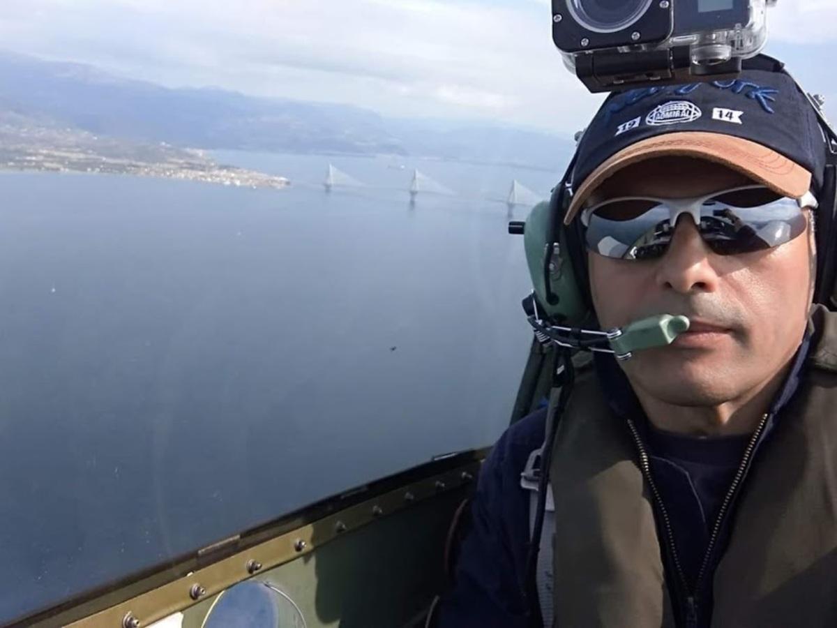 pilotos 100 - Μεσολόγγι: Αυτός είναι ο πιλότος του αεροσκάφους που κατέπεσε – Άκαρπες οι έρευνες