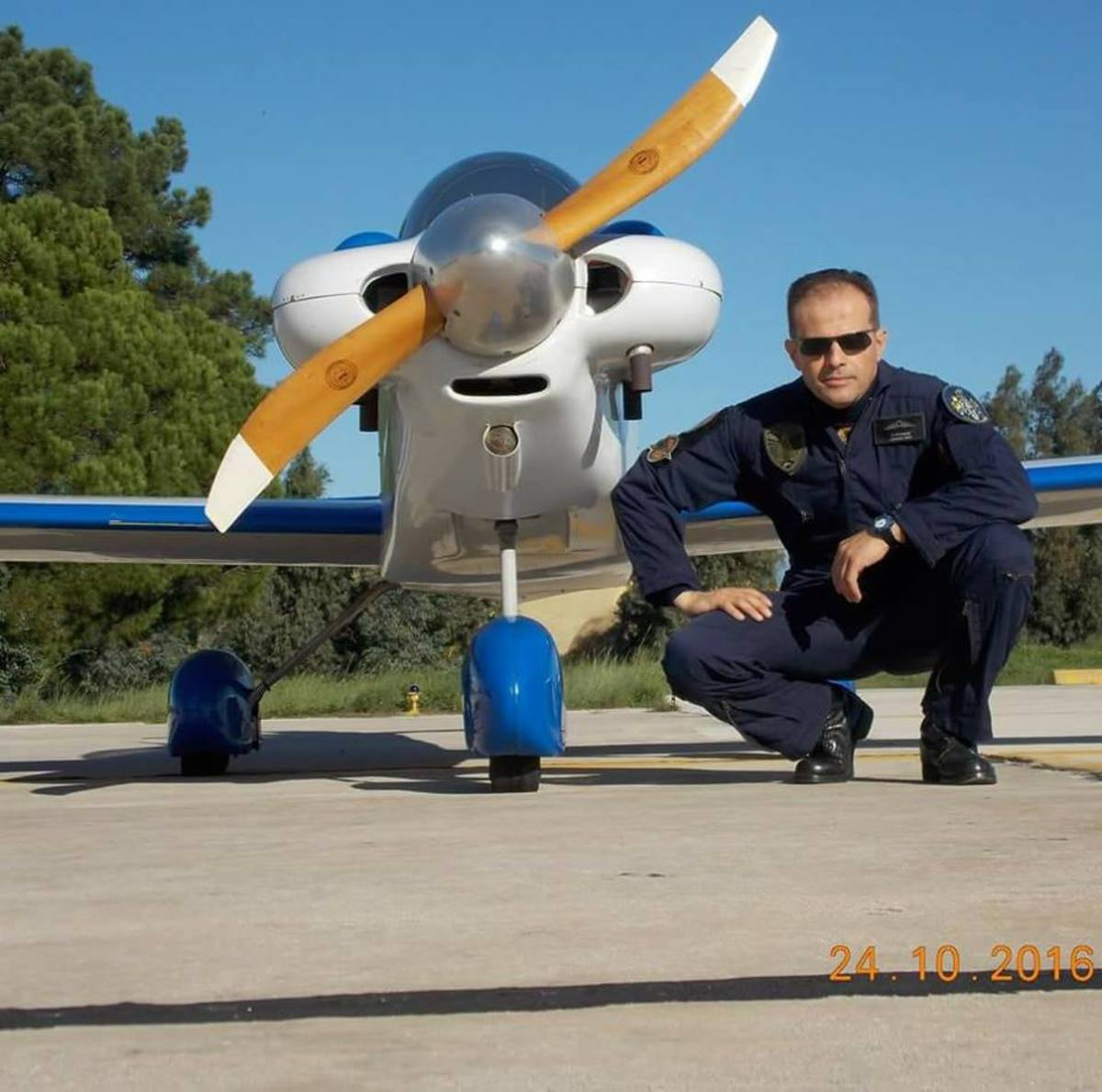 pilotos2 - Μεσολόγγι: Αυτός είναι ο πιλότος του αεροσκάφους που κατέπεσε – Άκαρπες οι έρευνες