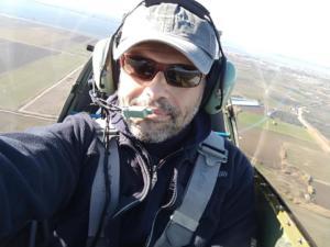 Μεσολόγγι: Αυτός είναι ο πιλότος του αεροσκάφους που κατέπεσε – Άκαρπες οι έρευνες – video, pics