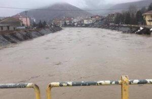 Καιρός: Πλημμύρες σε Ξάνθη, Δράμα και Καβάλα – Βουλιάζουν στις λάσπες σπίτια και καταστήματα!