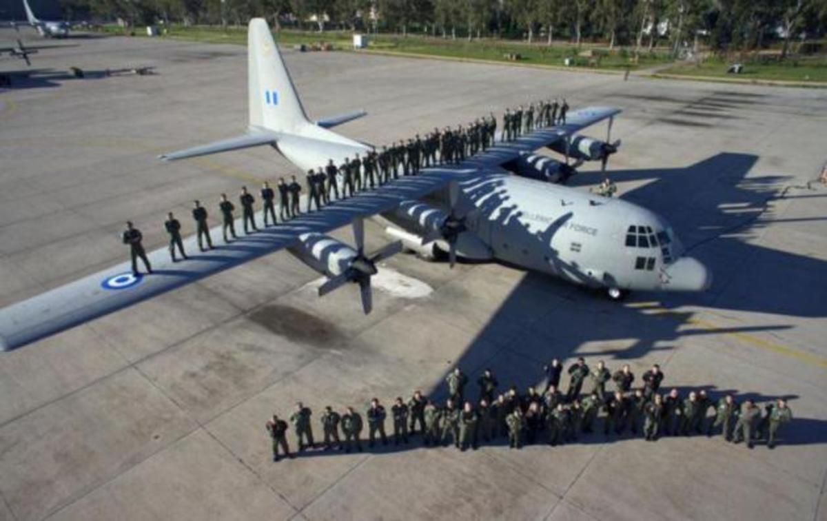 Αυτή ήταν η πολύτιμη κοινωνική προσφορά της Πολεμικής Αεροπορίας τον Δεκέμβριο! [pics] | Newsit.gr