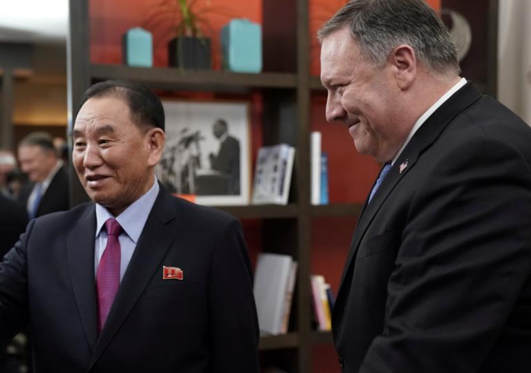 """Επαφές Πομπέο με… Βόρεια Κορέα και οι Τραμπ – Κιμ Γιονγκ Ουν """"ετοιμάζονται""""!"""
