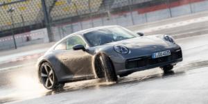 Η νέα Porsche 911 πολεμάει την υδρολίσθηση με… μικρόφωνα!