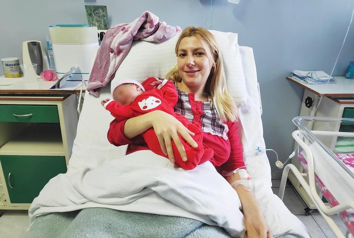Ροδόπη: Οι 8 λέξεις της μητέρας που γέννησε το πρώτο μωρό του 2019 – Η φωτογραφία της απόλυτης ευτυχίας!