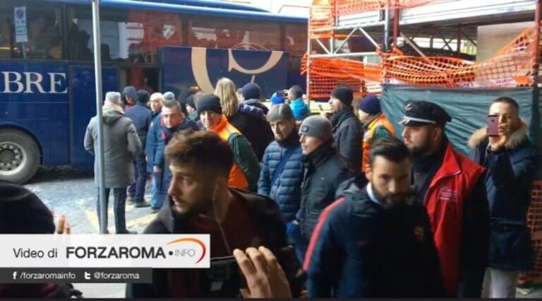 Σάλος με Μανωλά στην Ιταλία! Έβρισε οπαδό της Ρόμα – video   Newsit.gr