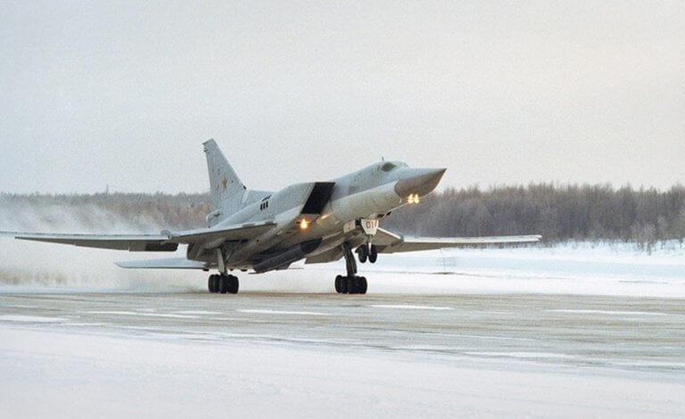 Συντριβή ρωσικού βομβαρδιστικού – Πληροφορίες για 2 νεκρούς και 2 επιζώντες! – video | Newsit.gr