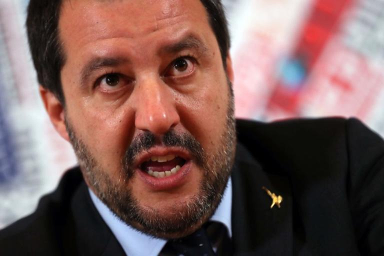 Κατά Σαλβίνι οι δήμαρχοι Νάπολι, Παλέρμο! Δεν εφαρμόζουν τον μεταναστευτικό νόμο | Newsit.gr