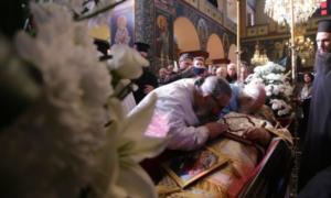 Η Σιάτιστα αποχαιρετά τον Μακαριστό Μητροπολίτη κυρό Παύλο- Δείτε σε ζωντανή αναμετάδοση το Αρχιερατικό Συλλείτουργο