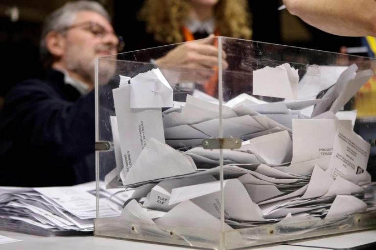 Ισπανία: Ακυβερνησία προβλέπει δημοσκόπηση! Σε άνοδο η ακροδεξια | Newsit.gr