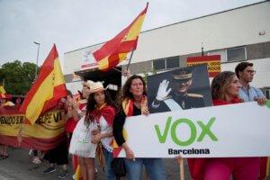 Ισπανία: Νέα άνοδο της ακροδεξιάς καταγράφει δημοσκόπηση
