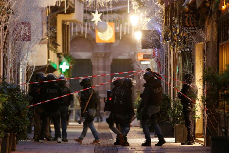 Στρασβούργο: Πέντε συλλήψεις για την Χριστουγεννιάτικη πολύνεκρη επίθεση | Newsit.gr