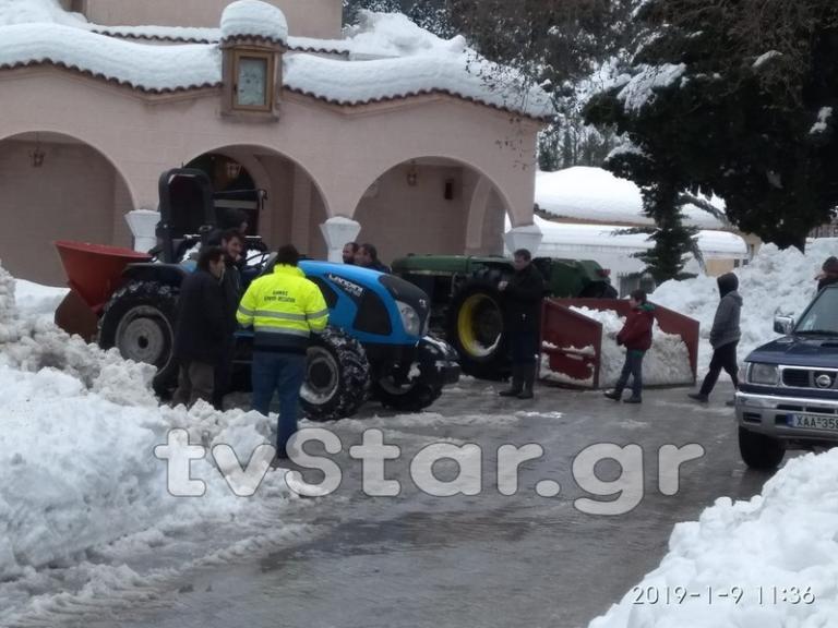 Καιρός: Πέθανε αβοήθητος σε αποκλεισμένο χωριό της Εύβοιας – Τα χιόνια εκμηδένισαν τις ελπίδες! | Newsit.gr