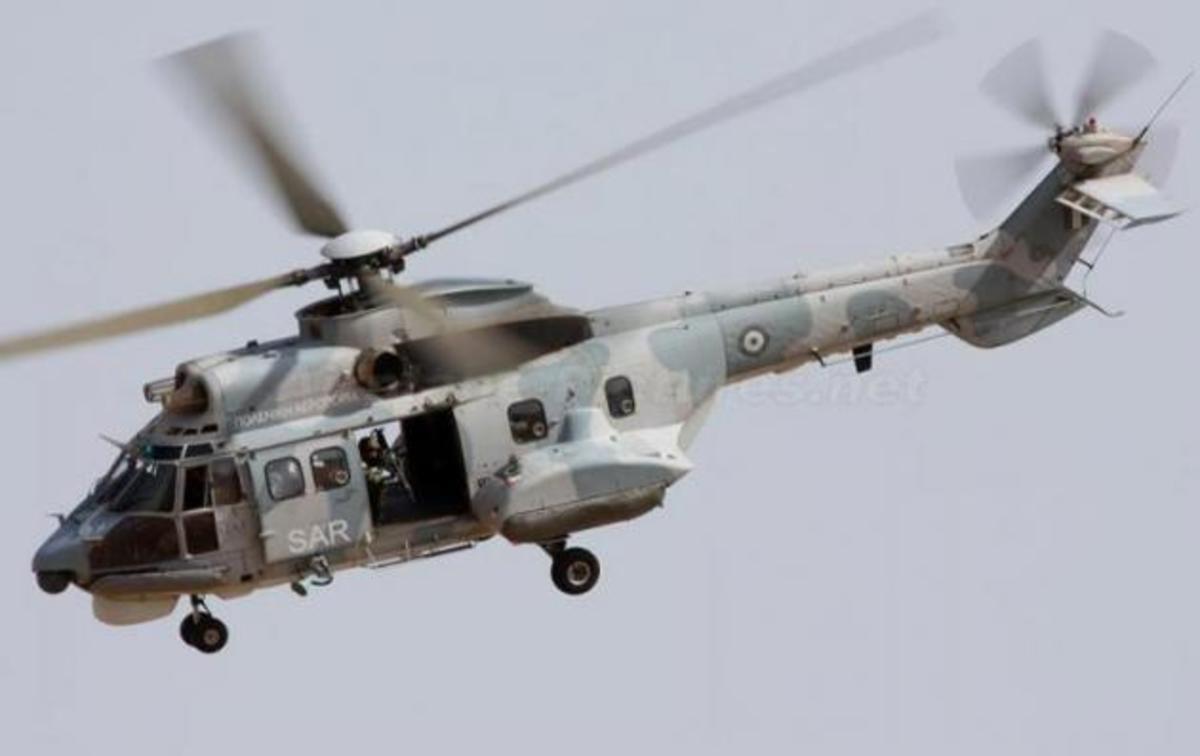 Έκτακτη αεροδιακομιδή της Πολεμικής Αεροπορίας με ασθενή από πλοίο! | Newsit.gr