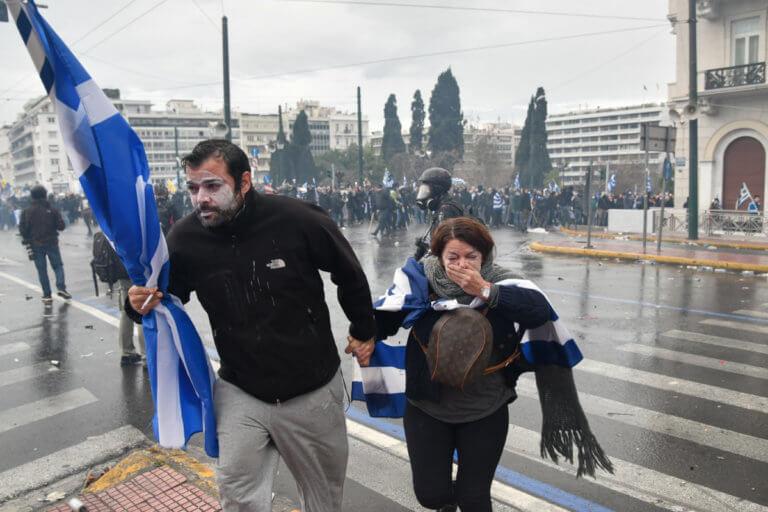 «Πόλεμος» για τα χημικά στο συλλαλητήριο για τη Μακεδονία