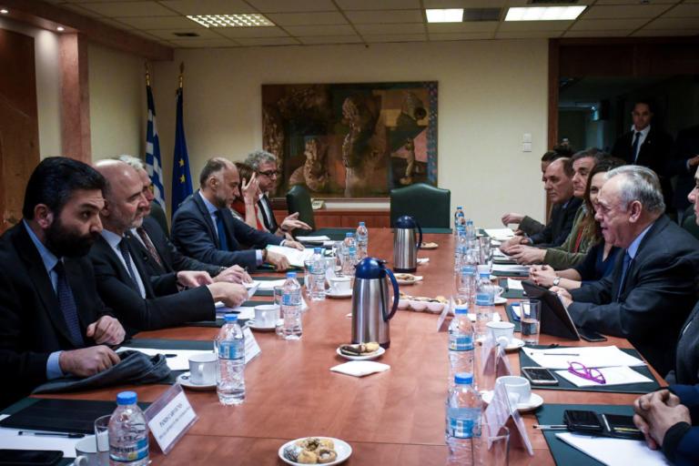 Μοσκοβισί: Σωστή απόφαση η μη περικοπή των συντάξεων | Newsit.gr