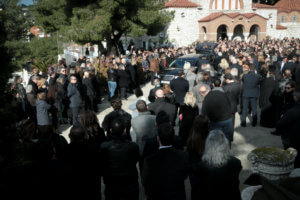 Κηδεία Θέμου Αναστασιάδη: Ύστατο χαίρε [pics,video]