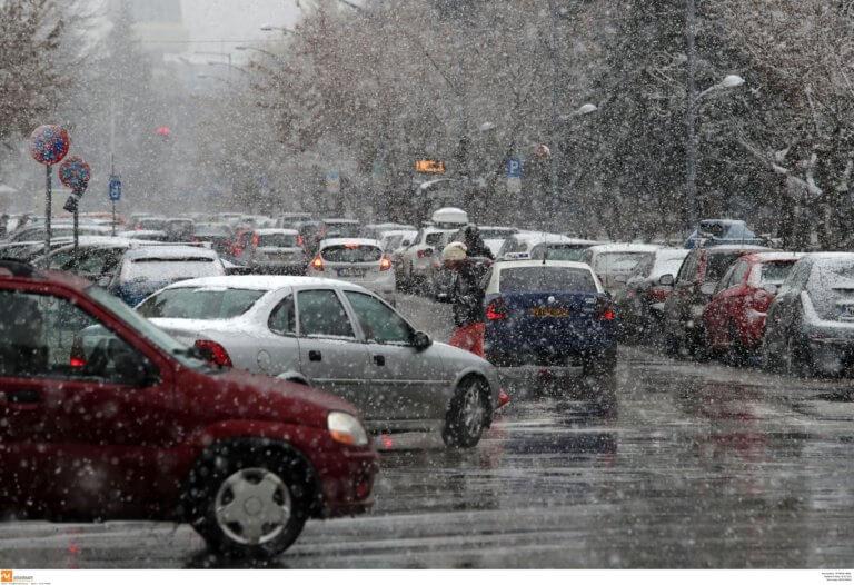 Λευκή νύχτα στη Θεσσαλονίκη – Πάγωσαν τα θερμόμετρα | Newsit.gr