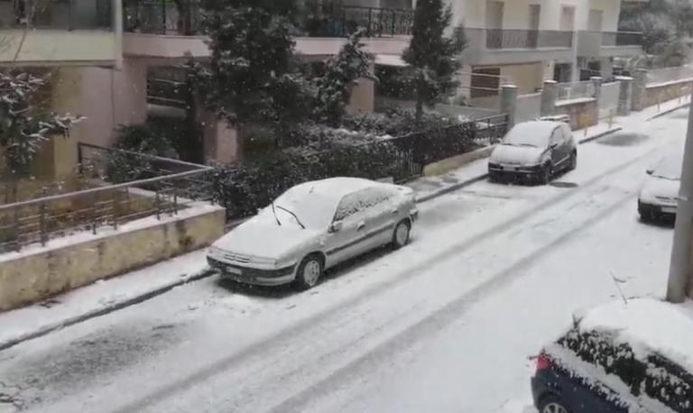 Καιρός: Χιόνια στη Θεσσαλονίκη – Οι νέες εικόνες που φέρνει το κύμα κακοκαιρίας – video