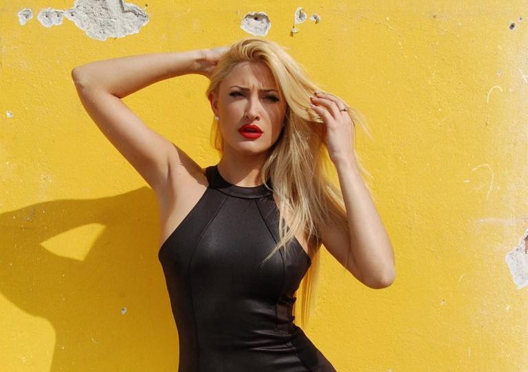Ιωάννα Τούνη: Έβαψε τα μαλλιά της – Αυτό είναι το νέο look! | Newsit.gr