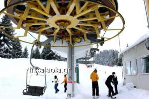 Καιρός: Γέμισε σκιέρ το χιονοδρομικό του Περτουλίου – video