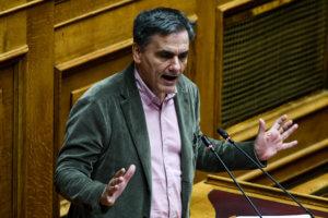 Τσακαλώτος: Στενοχωρημένη η ΝΔ που… βγήκαμε στις αγορές