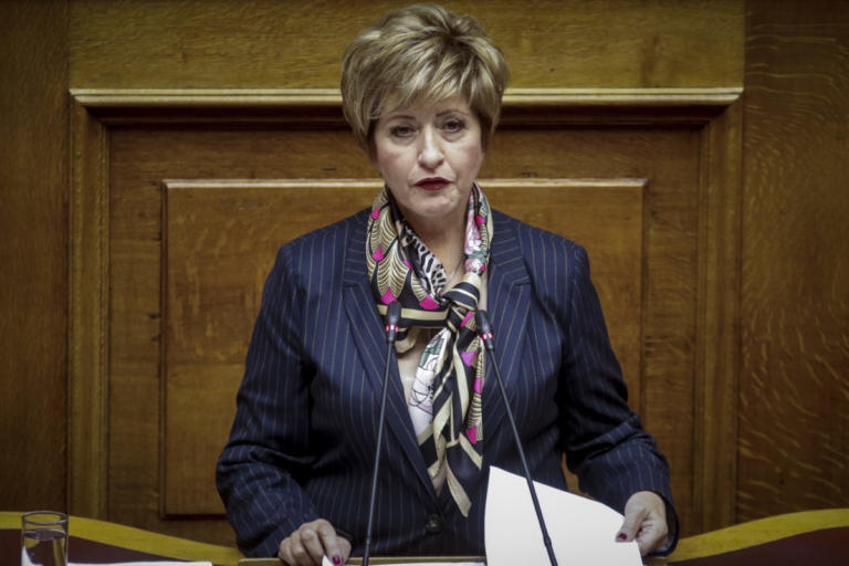 Μαρία Κόλλια Τσαρουχά: Θα είμαι η τελευταία που θα κλείσω την πόρτα των ΑΝΕΛ | Newsit.gr