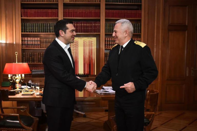 Το πρώτο ραντεβού Τσίπρα – Αποστολάκη – Τι δήλωσε ο νέος ΥΕΘΑ   Newsit.gr