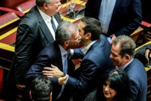 Κοινή ερώτηση Δανέλλη - ΣΥΡΙΖΑ