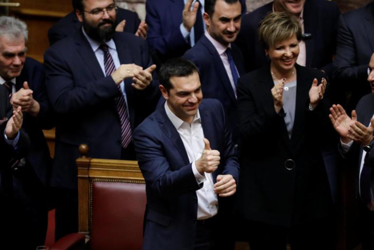 Στην κόψη του ξυραφιού η Συμφωνία των Πρεσπών – Αγώνας δρόμου για τους 151 | Newsit.gr