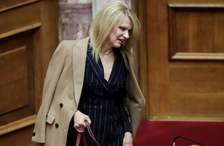 Επίθεση στο σπίτι της βουλευτή του ΣΥΡΙΖΑ, Θεοδώρας Τζάκρη | Newsit.gr