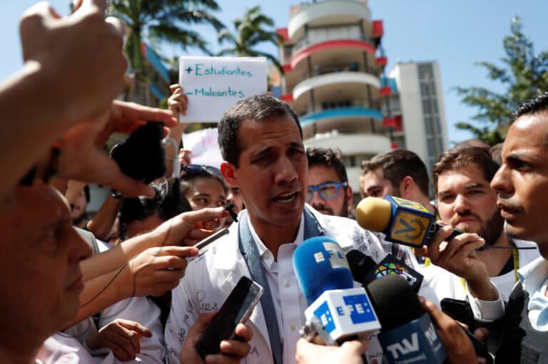 Το Ευρωπαϊκό Κοινοβούλιο αναγνώρισε τον Γκουαϊδό ως προσωρινό πρόεδρο στη Βενεζουέλα   Newsit.gr
