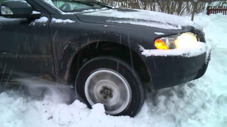 Τι να κάνετε αν το αυτοκίνητό σας δεν δέχεται τις κλασικές αλυσίδες! | Newsit.gr