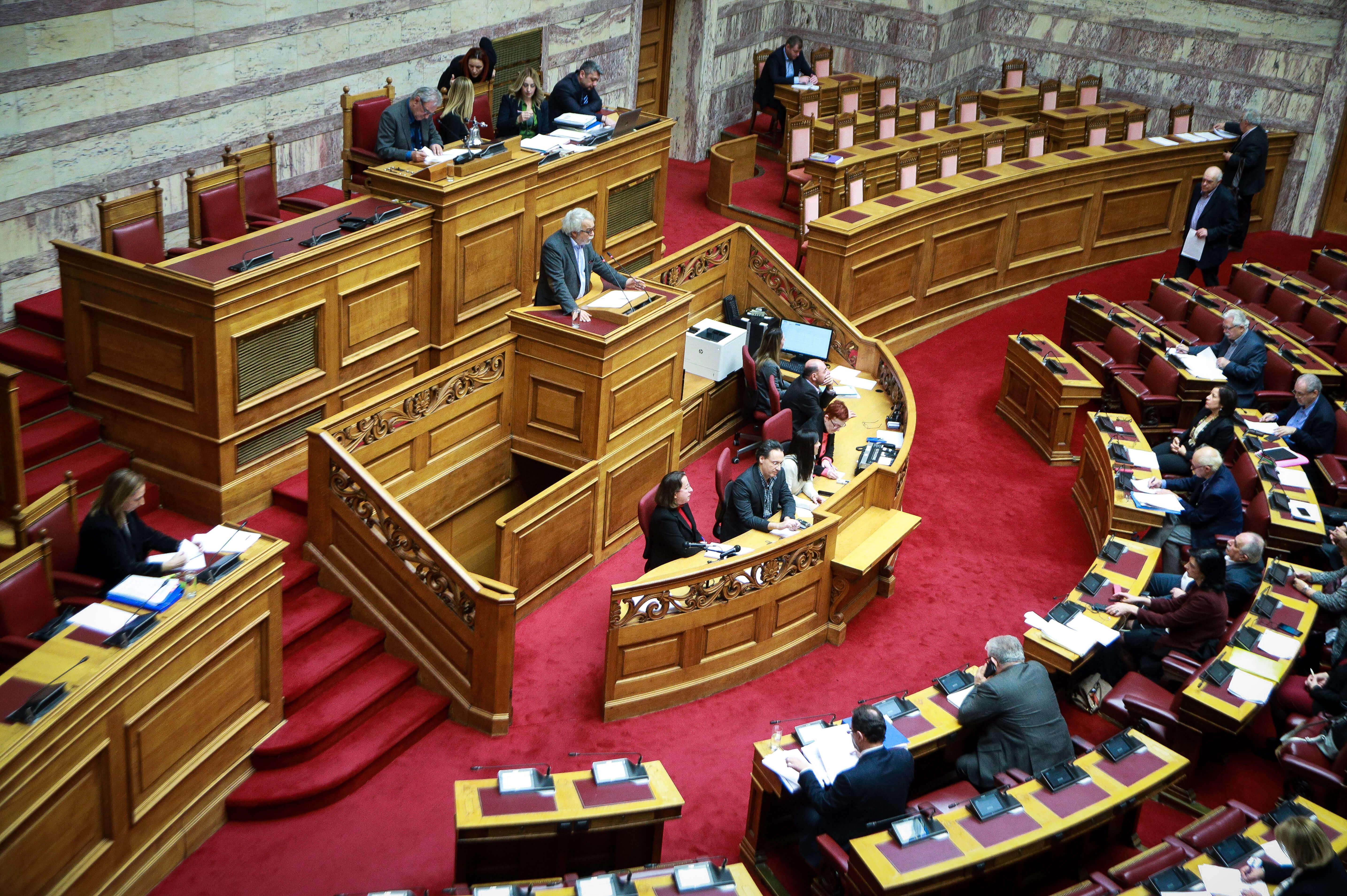 """Πρώτο """"έμφραγμα"""" της κυβέρνησης μετά το διαζύγιο ΣΥΡΙΖΑ - ΑΝΕΛ - Δεν περνά το νομοσχέδιο για το ΑΣΕΠ"""