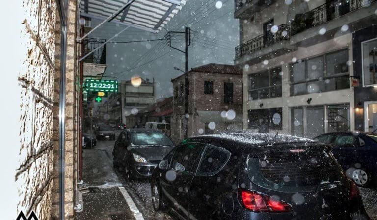 """Καιρός: Βροχές, καταιγίδες και χαλάζι φέρνει ο """"Φοίβος"""" την Παρασκευή!"""