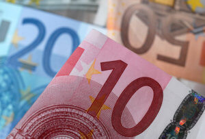 Προσοχή! Πλαστά χαρτονομίσματα των 20 και 50 ευρώ σε όλη την ΕΕ!