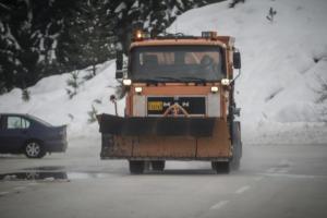 Καιρός: Κλείνουν δρόμοι στην Αττική λόγω χιονόπτωσης!
