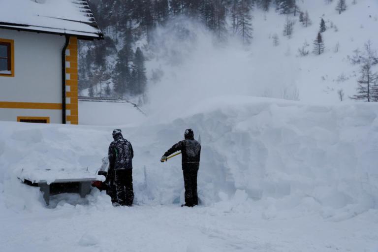Τραγωδία σε αυστριακό χιονοδρομικό κέντρο – Τρεις Γερμανοί σκοτώθηκαν σε χιονοστιβάδα | Newsit.gr