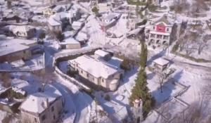 Ήπειρος: Μαγικές εικόνες από το χιονισμένο Ζαγόρι – Εικόνες που μαγνητίζουν